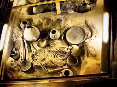 قبرستان عصر آهن گؤی مسجید (مسجد کبود) تبریز (قبرستان آنا تومروس تبریز)