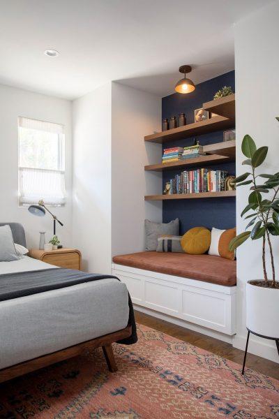 قفسه های کوچک چوبی