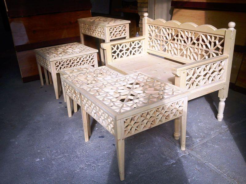 مبلمان سنتی چوبی تخت باغی 03