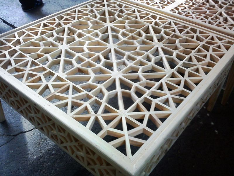 مبلمان سنتی چوبی تخت باغی 04