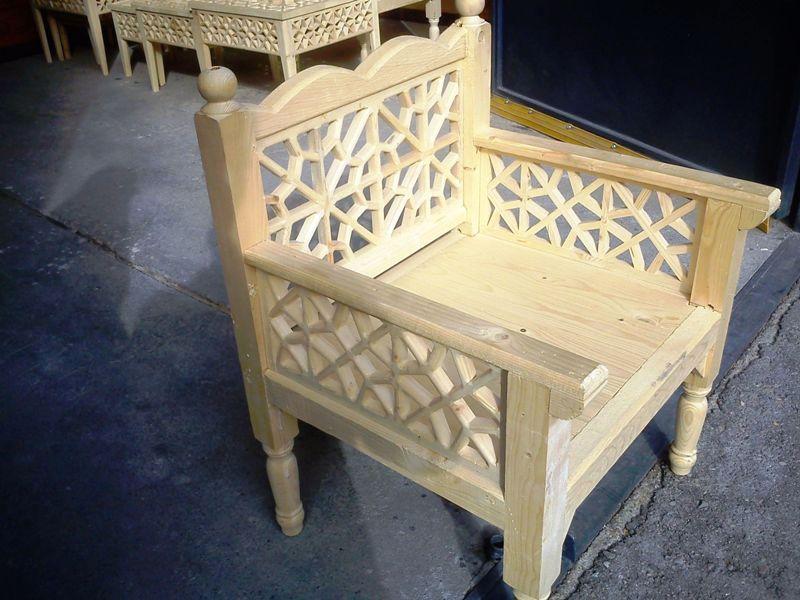 مبلمان سنتی چوبی تخت باغی 05