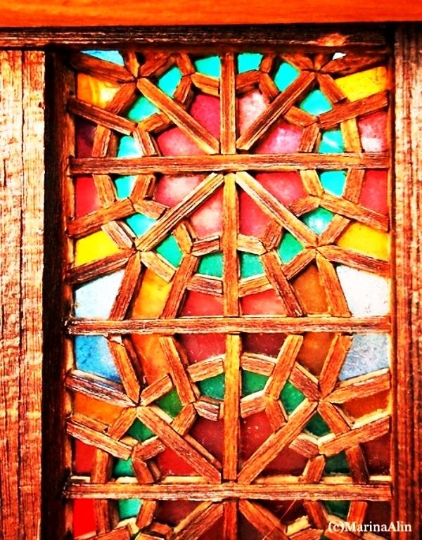 مبلمان سنتی چوبی تخت باغی 08