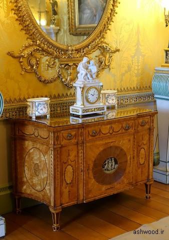 کمد لباس با سه لطف ، اواخر دهه 1700 ، تزئینات روی چوب ساتن با معرق گل محمدی - اتاق نقاشی زرد - خانه هاروود