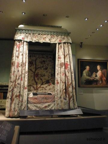 تختخواب دیوید گاریک ، c.1775 ، تختخواب در سال 1860 از یک تخت به یک تخته کاهش یافت ، اکنون در موزه V&A است