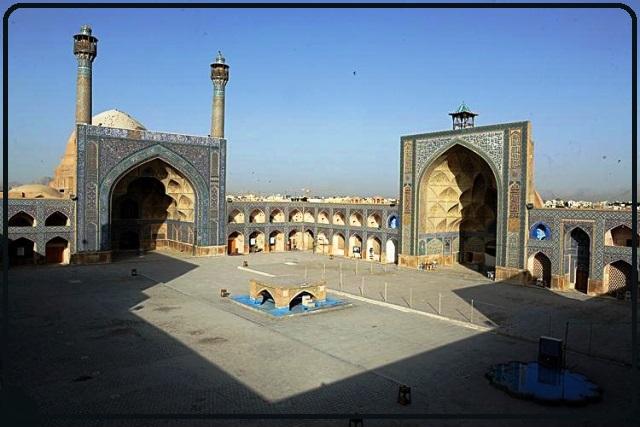 مسجد جامع اصفهان، زیباترین محراب های گچ بری شده ی مساجد ایران