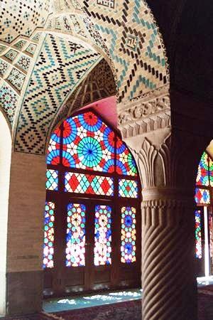 طرح و اقتباس از مسجد نصیر الملک