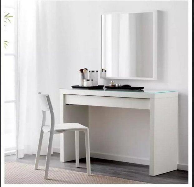 میز آرایش سفید