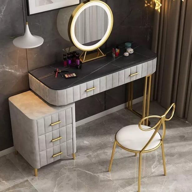 آشنایی با نور پردازی میز آرایش در اتاق های مختلف