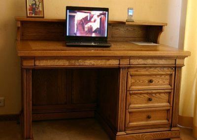 میز تحریر چوب بلوط