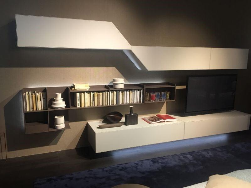 میز تلویزیون با ابعاد مناسب