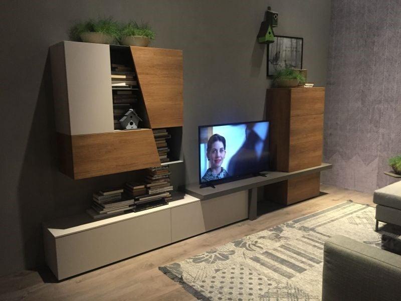میز تلویزیون با طرح هندسی
