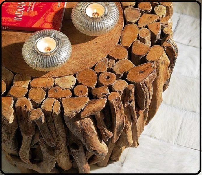 میز چوبی ساخته شده از تنه و شاخه درختان خشک
