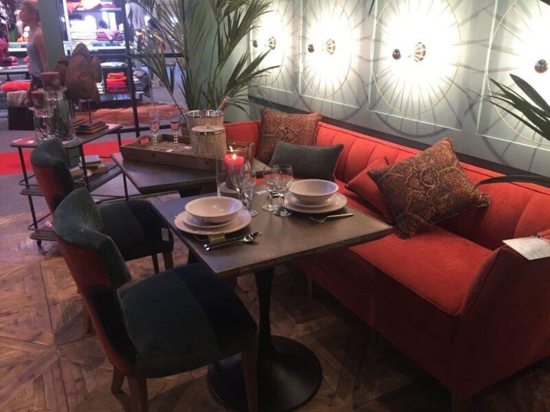 میز ناهارخوری کوچک میز پذیرایی