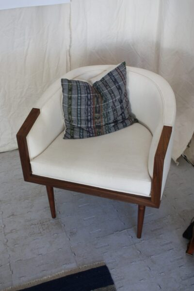 میز و صندلی چوب گردو