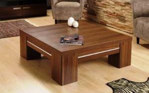 میز چوبی جلو مبلی