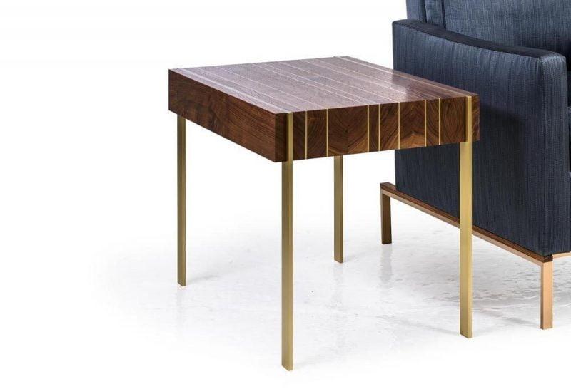 میز چوبی و فلزی