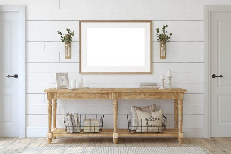 میز چوبی کنسول در ورودی منزل