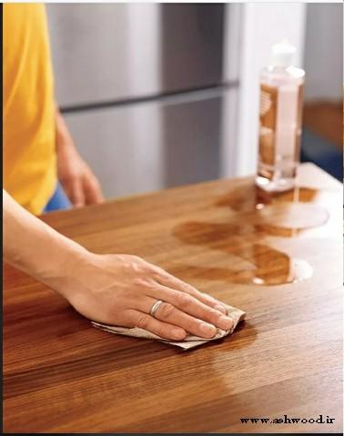 نگهداری از صفحه میز چوبی