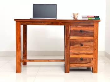 میز کار برای نوشتن