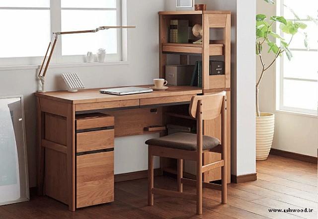 میز تحریر چوبی و صندلی