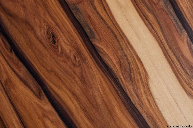 میز کنسول چوبی با چوبی که جوهره چوب های عالی و جالب را نشان می دهد