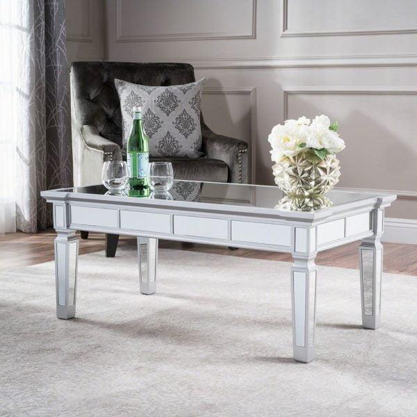 میز Sola
