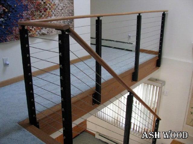 اجرای نرده چوبی برای کنار پله چوبی , نرده چوبی و هندریل پله, اجرای نرده چوبی راه پله