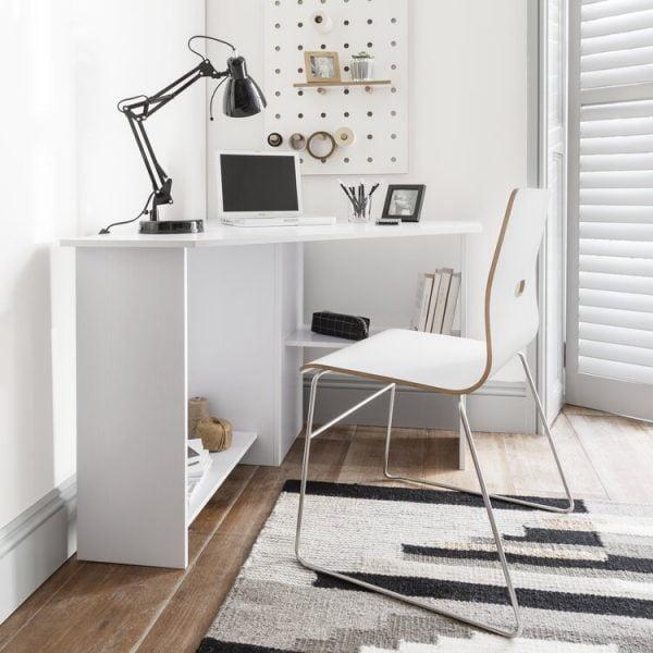 نمونه اتاق کار خانگی سفید رنگ