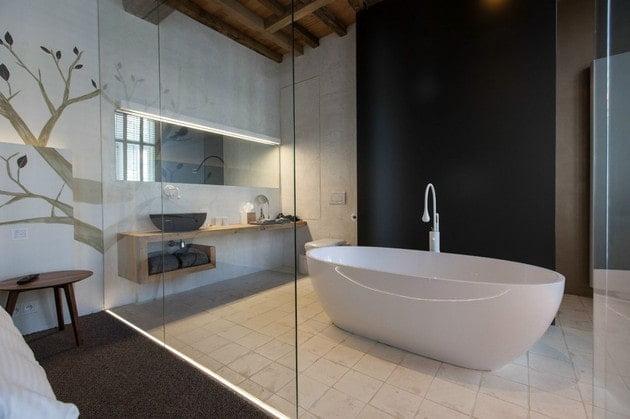 نمونه حمام با سقف چوبی