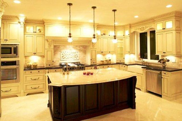 نورپردازی اشپزخانه , لوستر و چراغ های سقفی در دکوراسیون آشپزخانه
