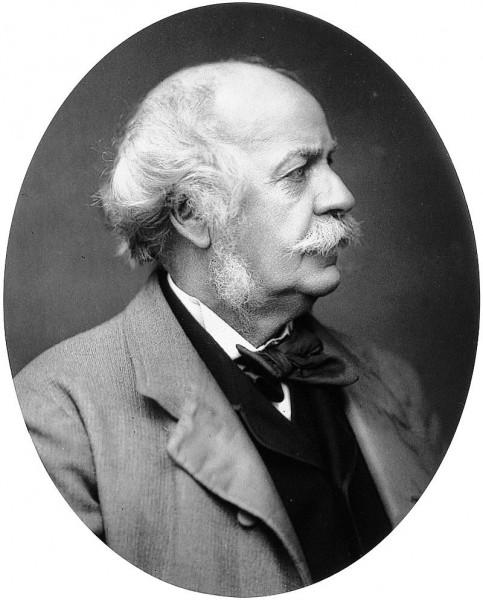 هنری راولینسون، کسی که برای نخستین بار متن استوانه را بهزبان انگلیسی ترجمه کرد.