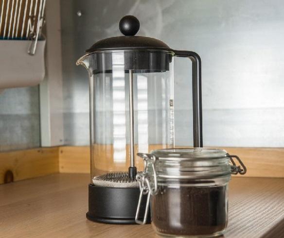 کار در آشپزخانه چوبی , قهوه اسپرسو ساز