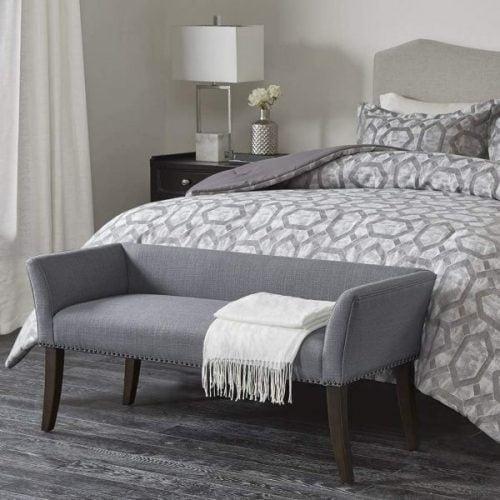 پاف نیمکتی برای اتاق خواب