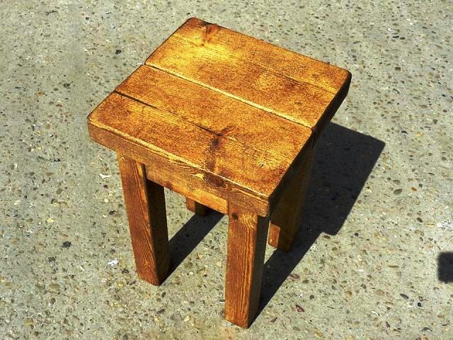 چهارپایه چوبی  (1)
