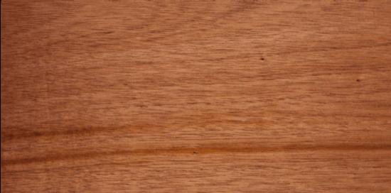 چوب ماهون برای درب چوبی