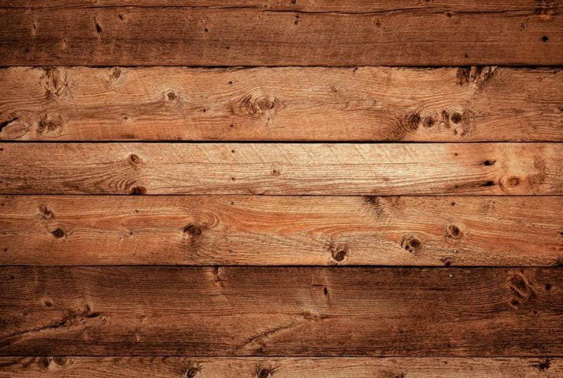 چوب کاج قرمز