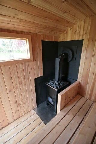 سونای خشک چوب کاج با بخاری هیزمی
