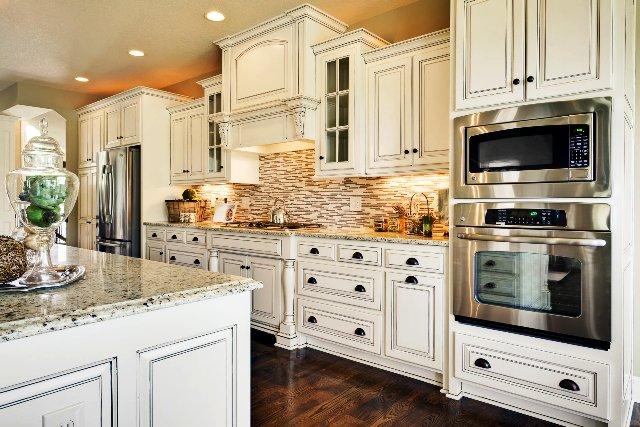 کابینت آشپزخانه کلاسیک چوبی