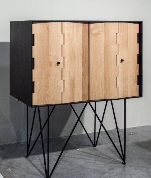 کابینت دکوری از چوب و فلز