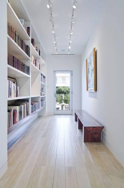 کتابخانه خانگی سفید