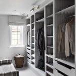 کمد دیواری چوبی برای فضاهای کوچک