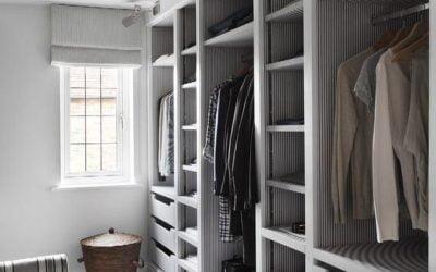 ایده های روشن طراحی کمد دیواری چوبی برای اتاق خواب های کوچک