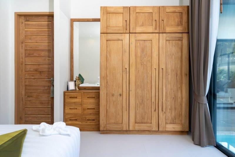 کمد لباس چوبی برای دکوراسیون چوبی منزل