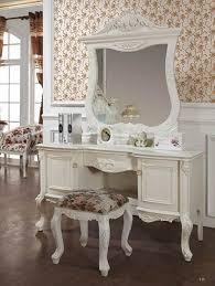 کنسول و آینه چوبی