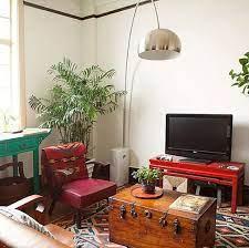 گل و گیاه در اتاق نشیمن سنتی