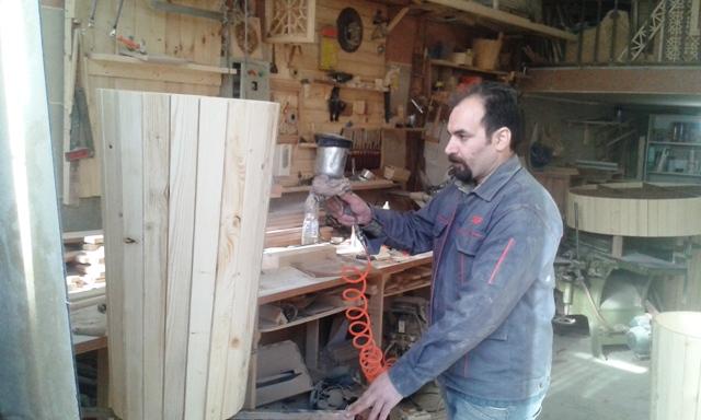 رنگ کاری چوب ، رنگ کاری مبلمان چوبی