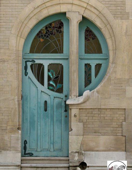 درب چوبی قدیمی، طراحی و ساخت دکوراسیون سنتی
