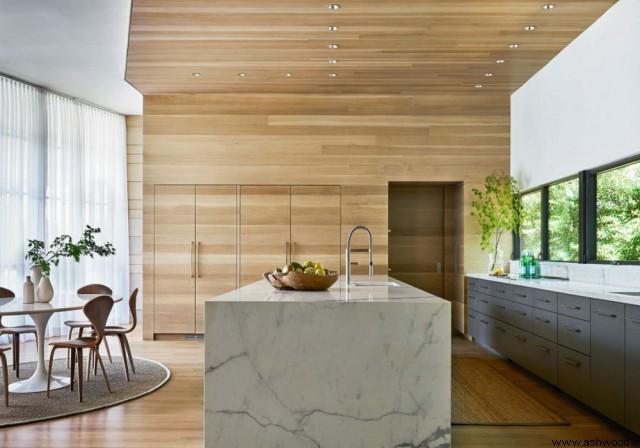 دیوارکوب چوب بلوط در دکوراسیون آشپزخانه لوکس