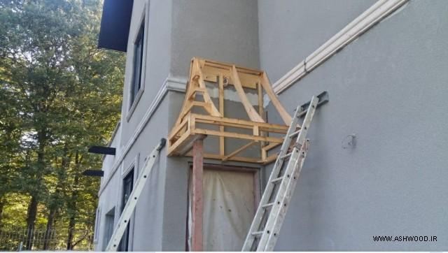 ویلای خانم غفاری , سر درب چوبی , پله چوبی , تیر چوبی سقف