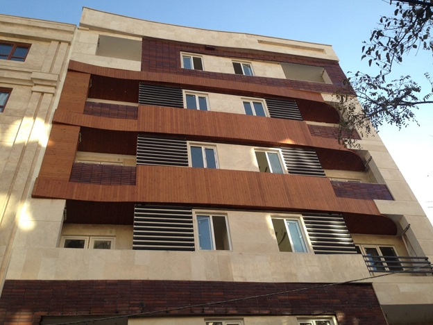 نمای بیرونی ساختمان ساخته شده از ترمووود
